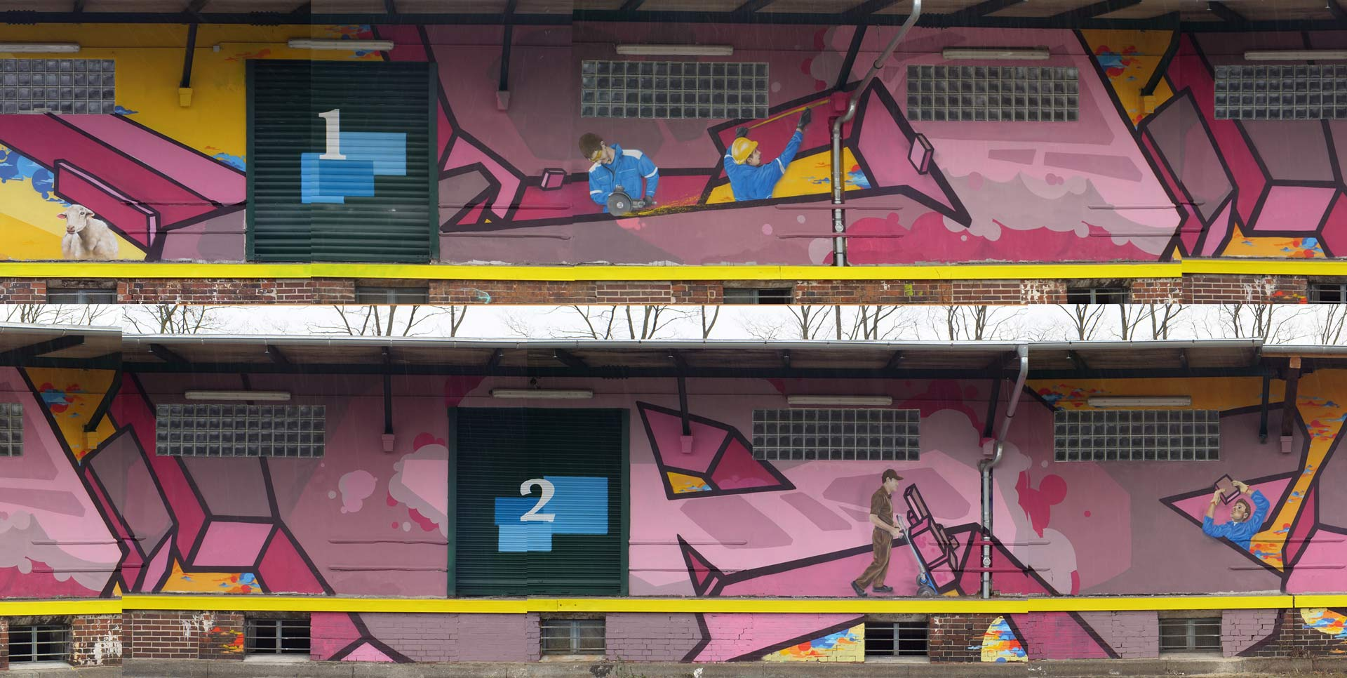 Riese Graffiti Lagerhalle